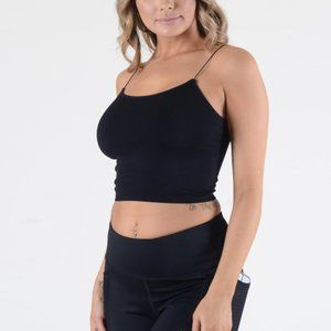 Yelete Tops - Women's solid seamless crop camisole.